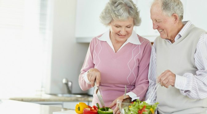 Como o idoso pode manter a capacidade de realizar as atividades do dia a dia?