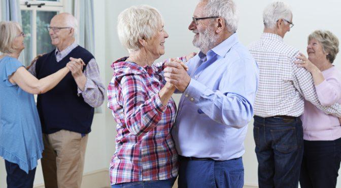 Dança contribui para funções de equilíbrio na terceira idade