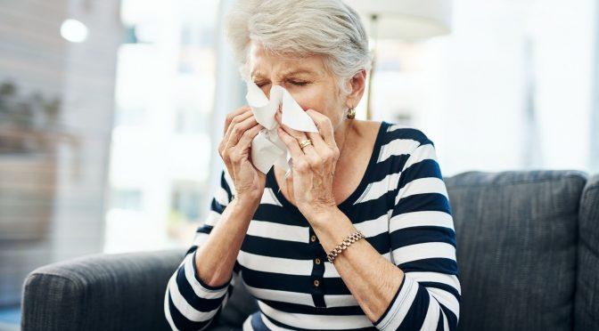 Conheça as 5 principais doenças que afetam os idosos no inverno