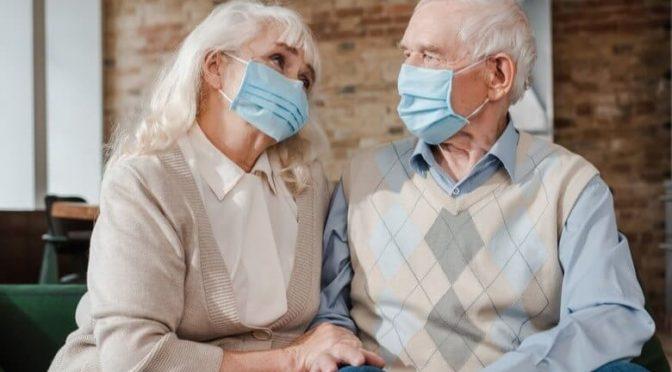 O que os idosos podem e não podem fazer nessa fase da quarentena?