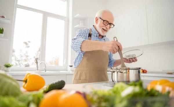Alimentação para Idosos: 5 Receitas para fortalecer os músculos
