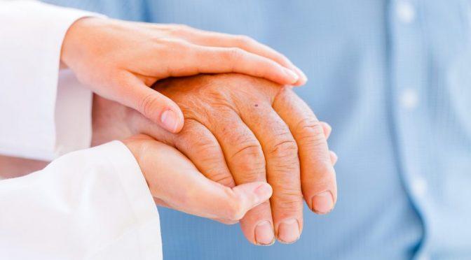 Como perceber se um idoso precisa de assistência